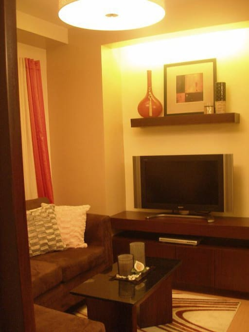 Cozy 1 bedroom condo eastwood city apartments for rent for Terrace 45 quezon city
