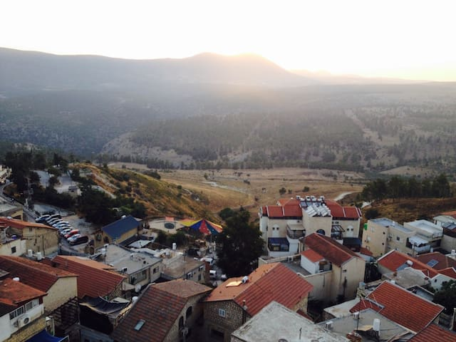 Tzfat,Safed,Old city,entire apt.Hadif building.