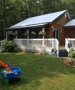 Country Getaway - La Peche - Cottage