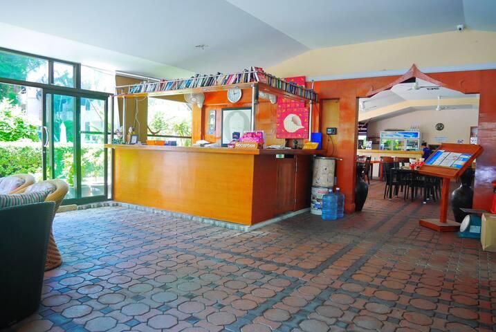 Reception & information area