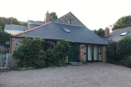4 bedroom barn conversion, ideal location - Woolacombe
