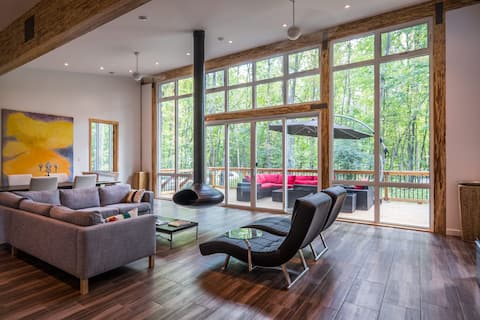 Ultra Modern Chalet in the Woods