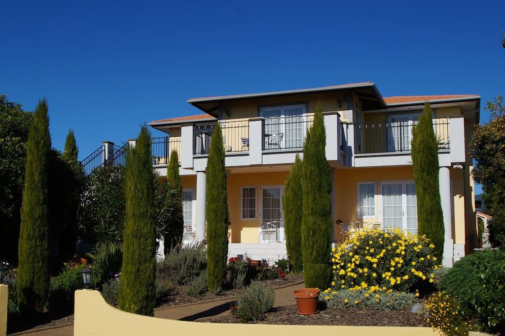 Beachside villas apartment 2 boutique hotels for rent in for 50 best boutique hotels in the med by the times 2015