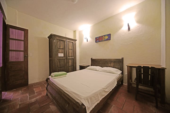 Bedroom with AC in historic center. - Cartagena - Talo