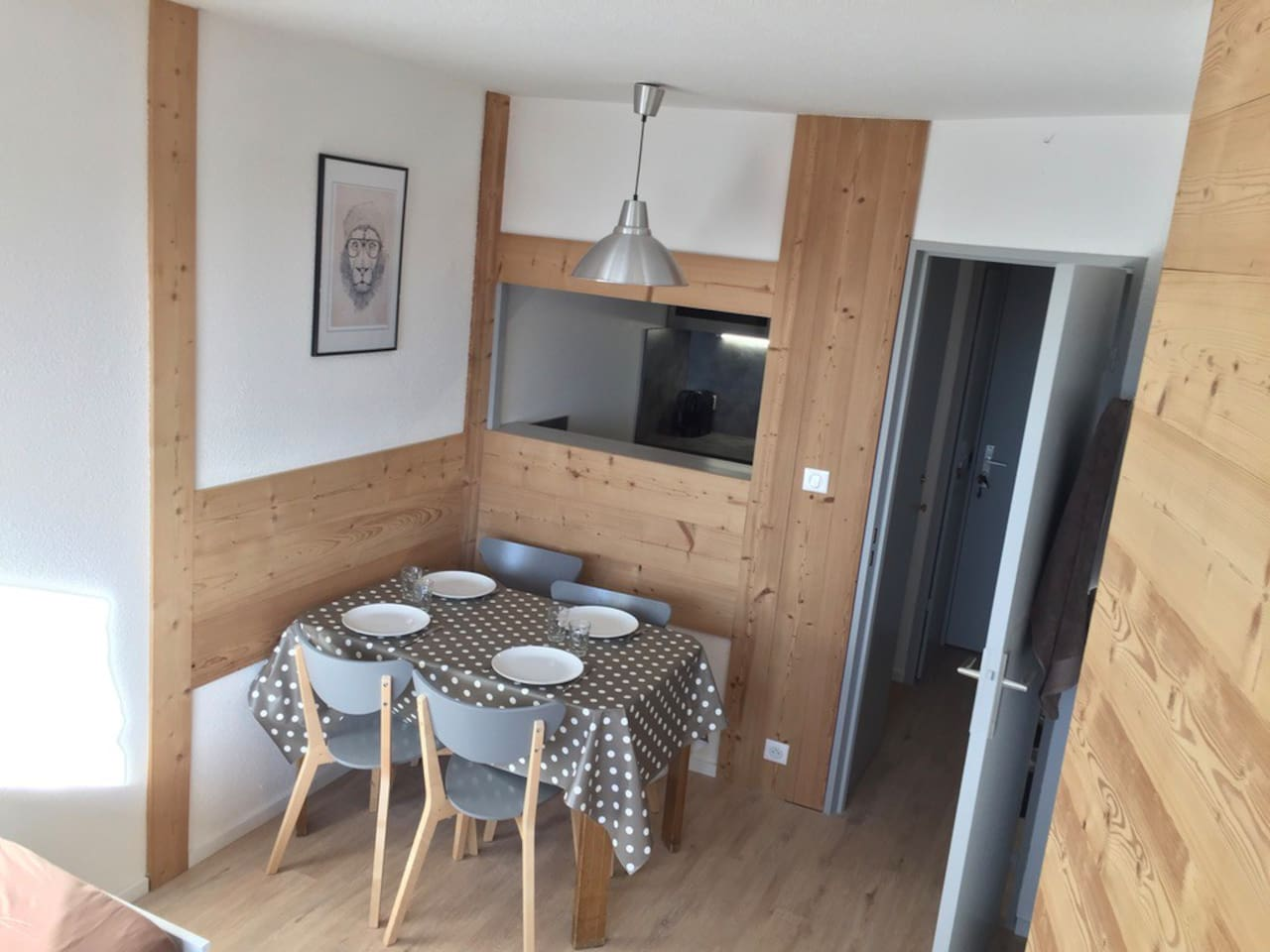 Entirely refurbished apartment (2017)