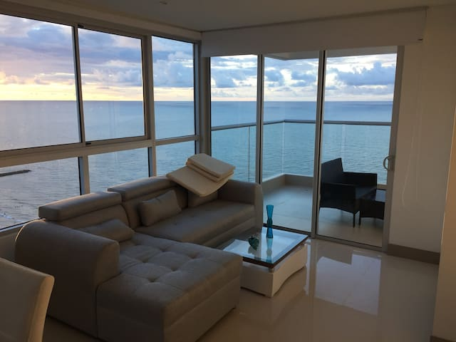 29th Floor Spectacular apartment in BocaGrande!