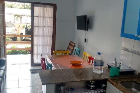 Apartamento na Praia dos Ingleses/Florianópolis/SC - Florianópolis - Pis