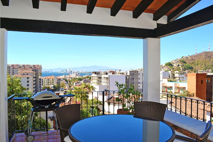 Penthouse for rent at Puerto Vallarta by PVRPV