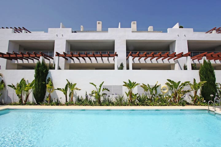 Luxury apartment at Finca Cortesin Golf Club. - Casares - Apartment