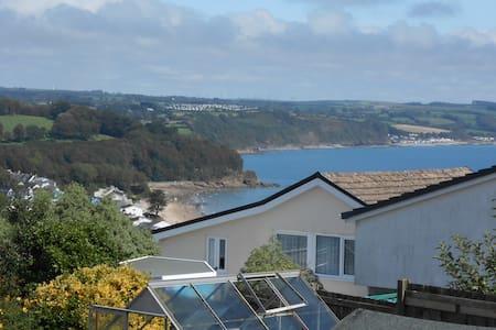 Bosun's Loft - Peaceful Coastal Retreat - Relax!