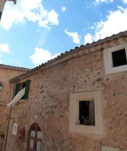 medieval stone-house * winter specials_valldemossa - Valldemossa