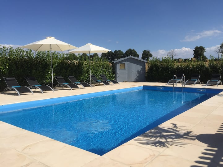 Luxury Country House, Heated Pool, full facilities