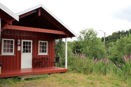 Nice little cabin between Stamsund and Leknes - Cabana
