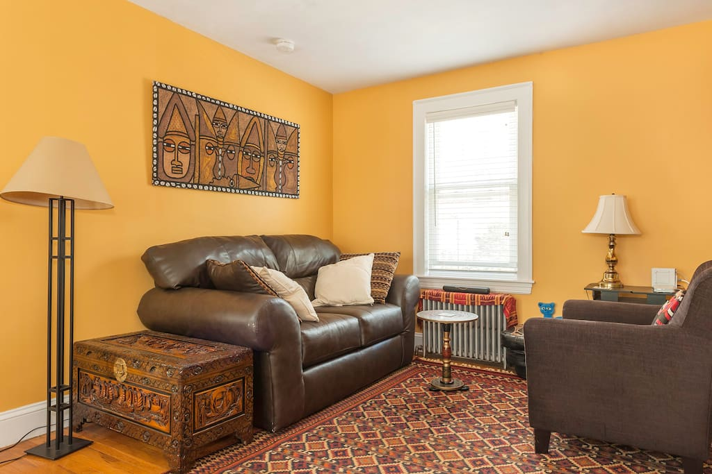 Two Bedroom Apartment Accommodates 4 5 Min To T Apartments For Rent In Cambridge