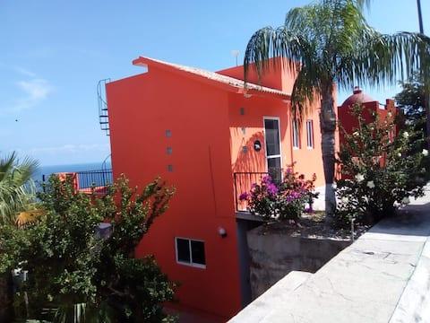 Puerto Angel, 2 Bedroom Oceanfront Villa!