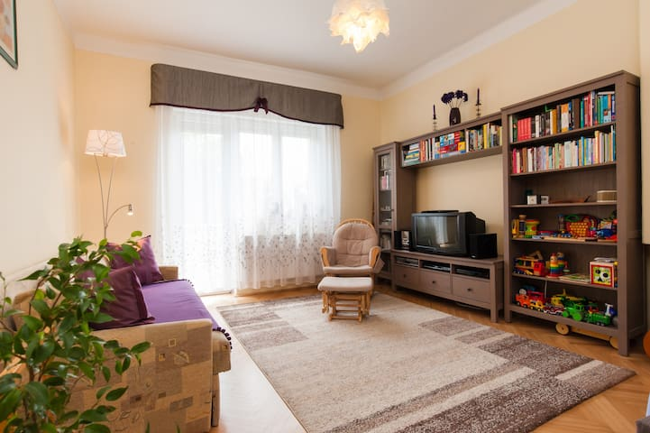 NEW! 2 bed, airy&bright flat w/ balconies - Budapeşte - Daire