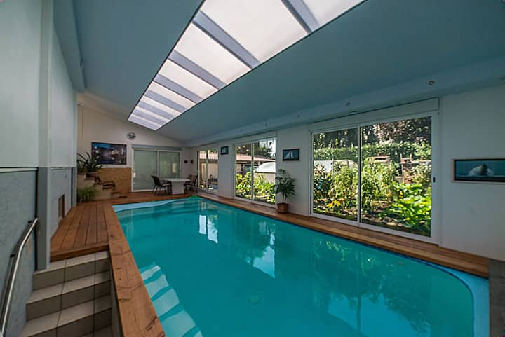 Appart. AZALEES chez TONY avec piscine indoor