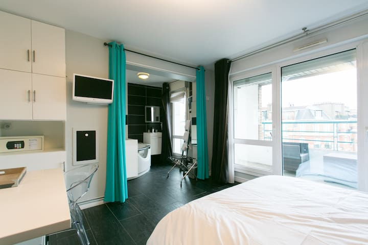 Cozy and luxury studio with Jacuzzi - Paris - Flat