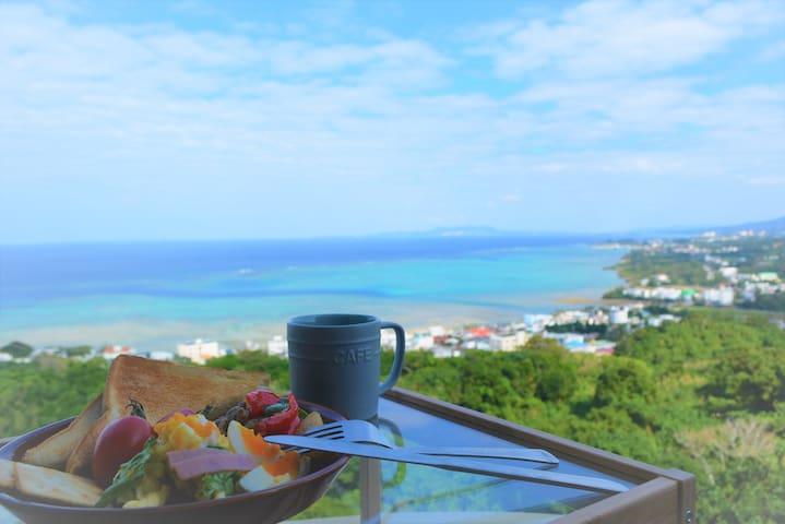 【オーシャンビュー!!】貸切のお部屋/コンビニ2分/セルフチェックイン/お部屋から最高の沖縄の海♡