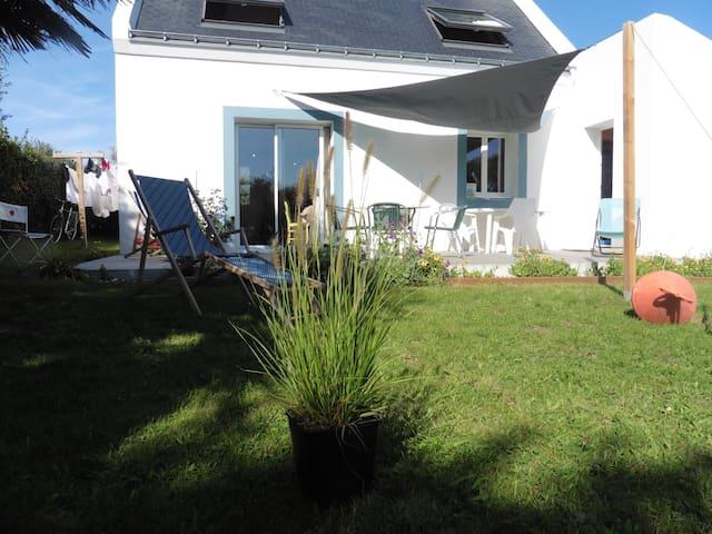 Maison Belle ile  7mn à pied du port de Sauzon