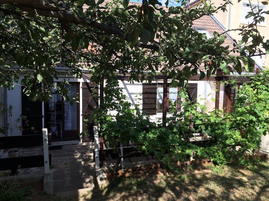 Maison au calme aux portes de paris avec jardin maisons - Mobilier jardin yvelines vitry sur seine ...