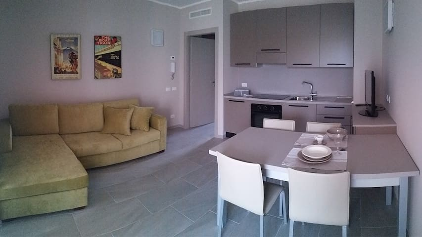 "Appartamento ""Leonardo"" - Seriate - Apartment"