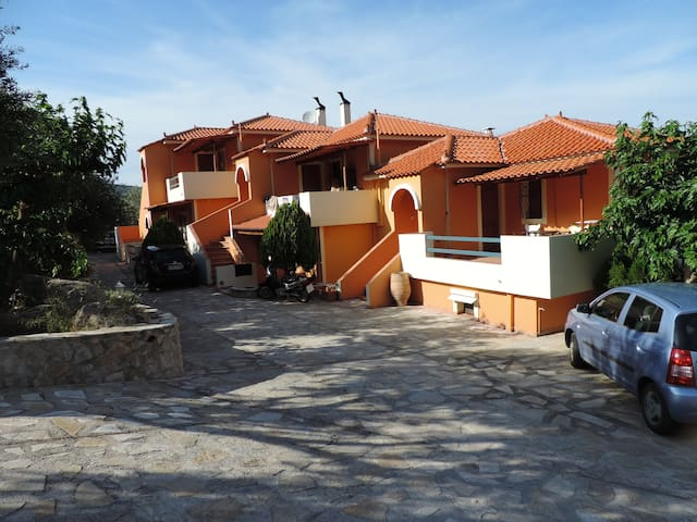 Ktima Demertzi - Ancient Epidavros - Huis