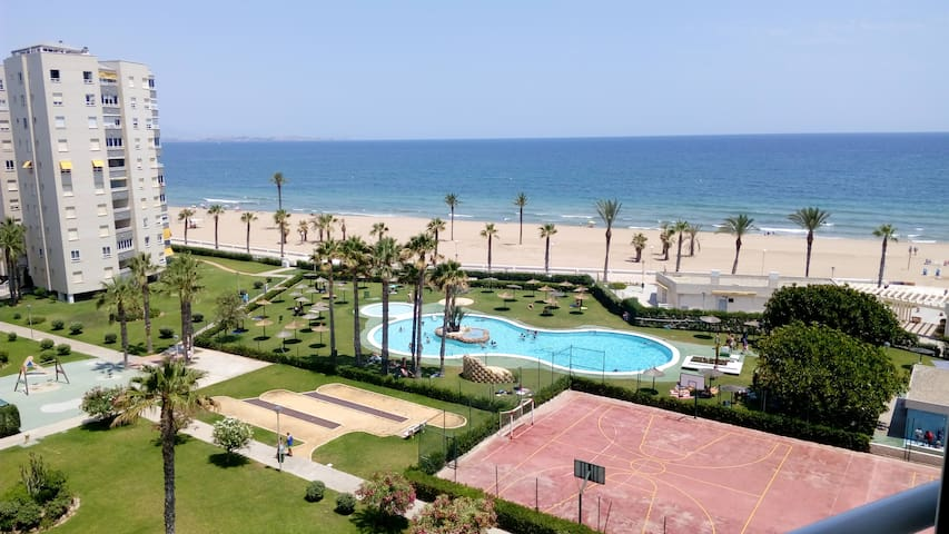 Nice apartment with sea view - Urbanova - Apartamento