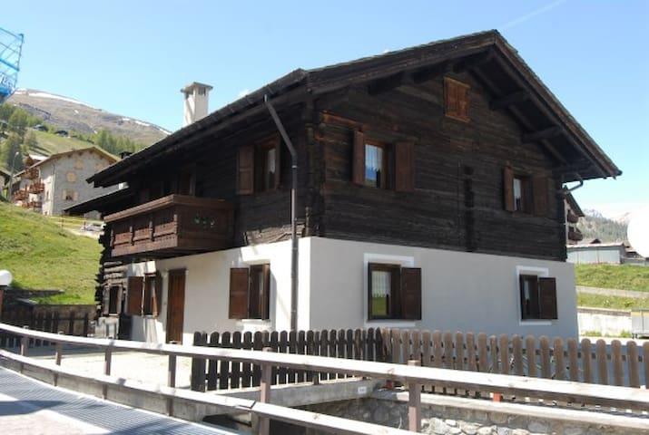 Baita Guana 7 posti - Livigno - Casa