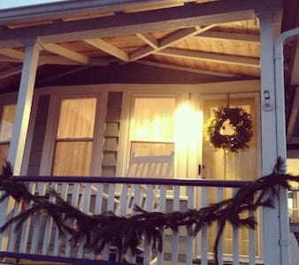 Christmas at the YellowDoorCottage