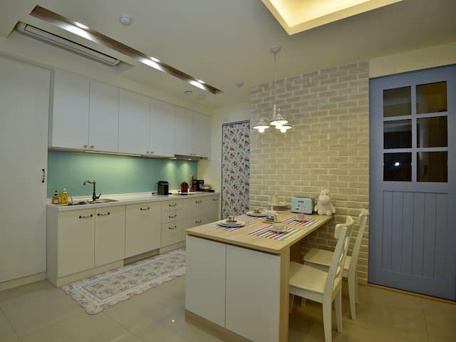 2-BR apartment @ Fuke Rd 玫瑰園 中科 高美濕地