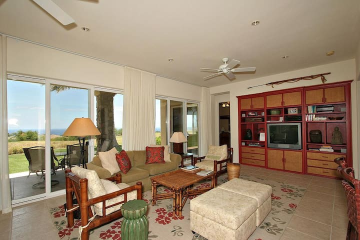 MKKG2-Great 2 Bdrm w/Ocean Views, Walk to Pool!