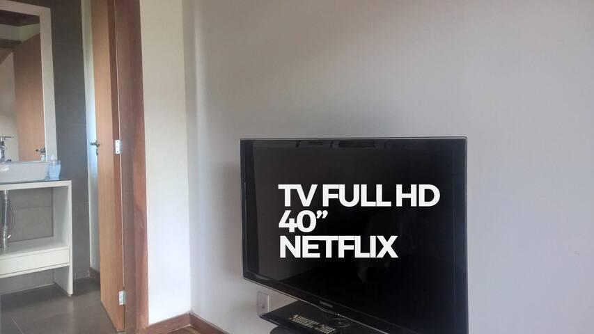 Dias de chuva? Tem Netflix full HD no quarto.