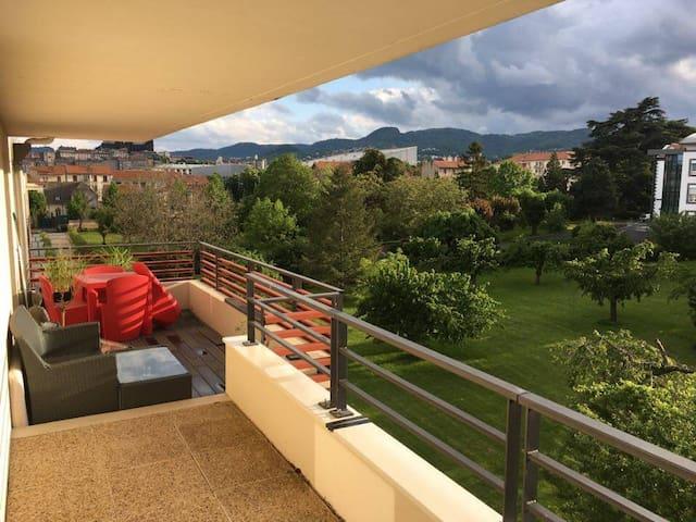 Le Grand F2 Panorama Verlaine - Clermont-Ferrand - Apartment