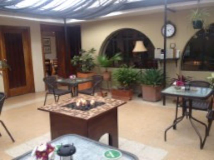 Cuenca inn Courtyard