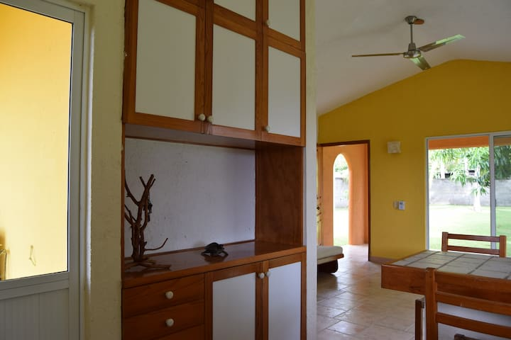 Bungalow with pass for private beach at Bonfil