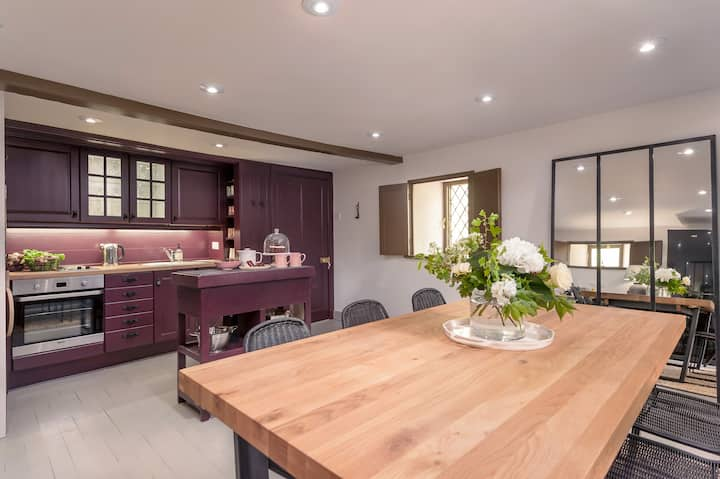 Old Mill: modern, rustic bolthole for 1-2