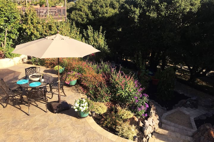 New guest unit-near historic Pinole!
