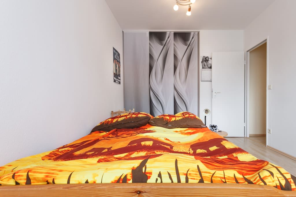 nice room in berlin tempelhof wohnungen zur miete in berlin berlin deutschland. Black Bedroom Furniture Sets. Home Design Ideas