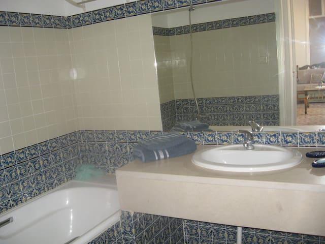Suite dans une demeure djerbienne - Taourit/Houmet Souk/Djerba - Lägenhet