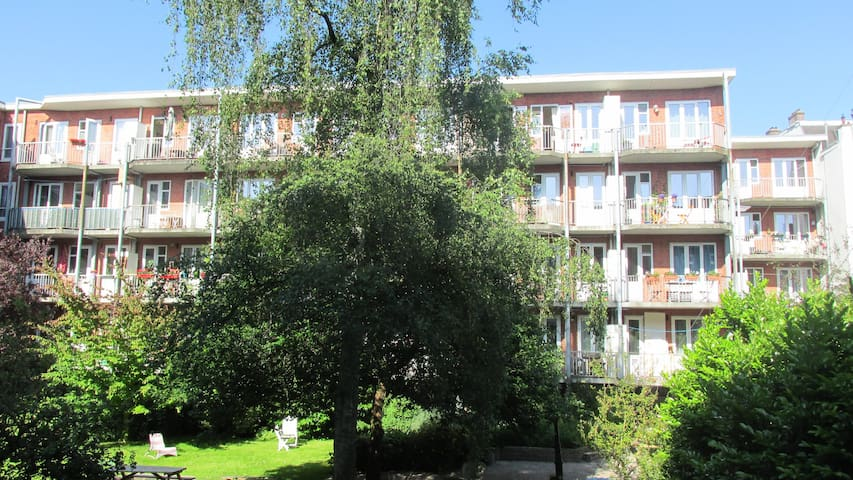 Hip apartment with garden+balcony - Ámsterdam - Departamento