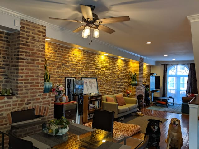 Entire 2nd floor of rowhome 2BR+2BA