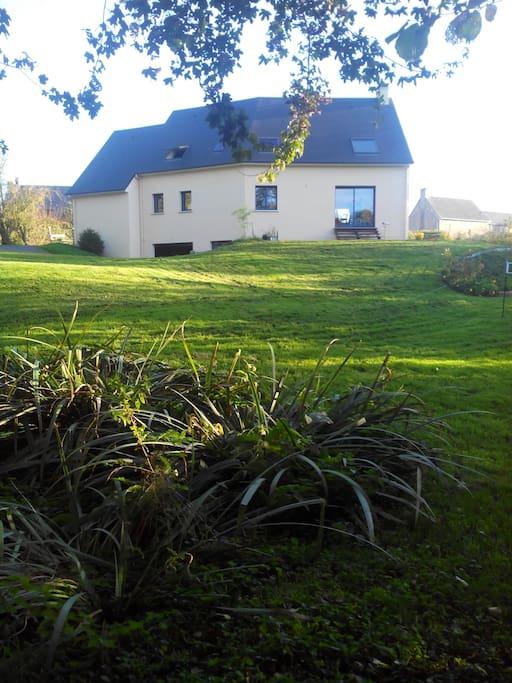Chambre dans une maison contemporaine guesthouse te huur in buc els normandie frankrijk - Kamer comtemporaine ...
