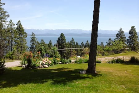 Mountain Lake Vista duplex near Flathead Lake - 湖畔(Lakeside) - 公寓