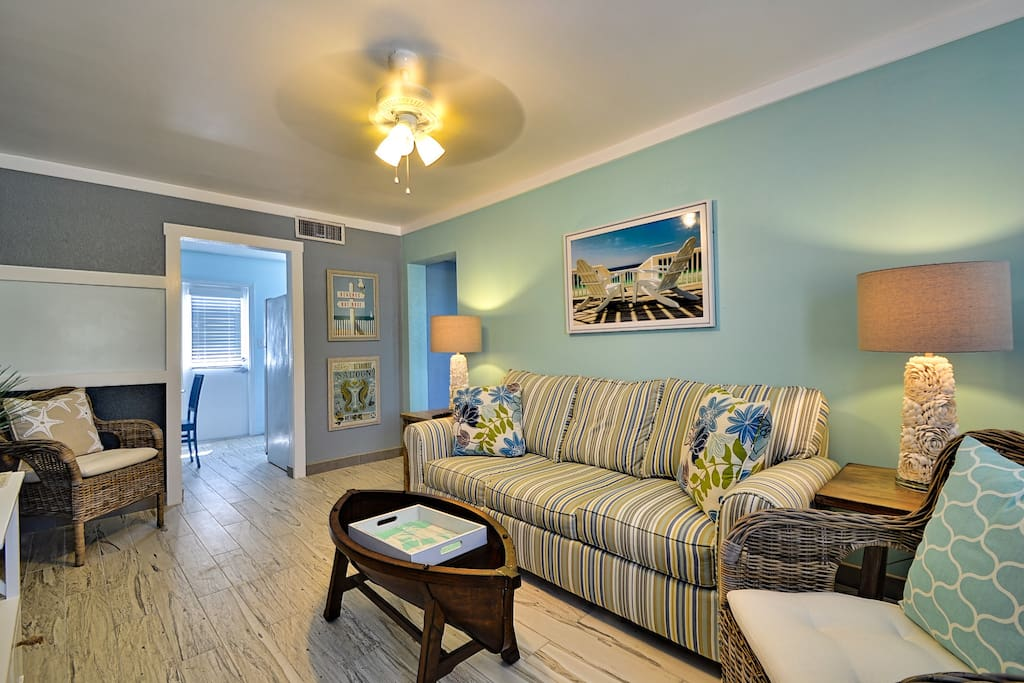 Clearwater Beach Suites 202 Condominiums For Rent In Clearwater Florida United States