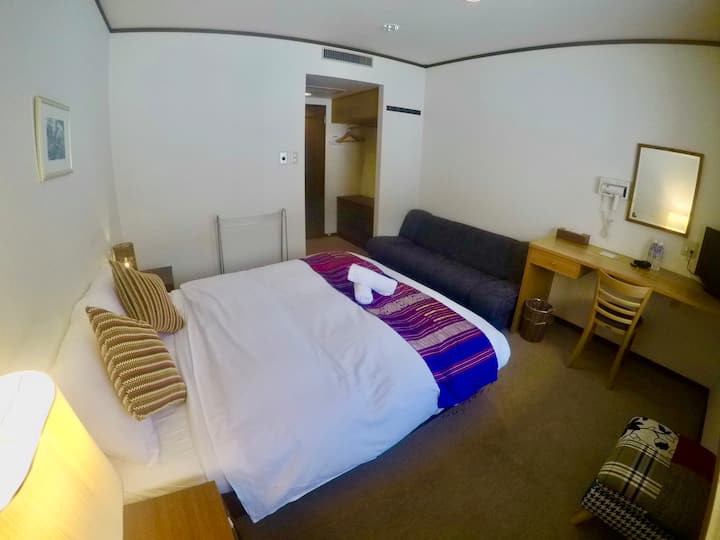 Altitude Nozawa: Queen room with private bathroom