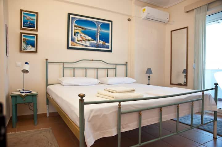 Chalkida Apartments | 3 Double+1 Single | 135 Sq m