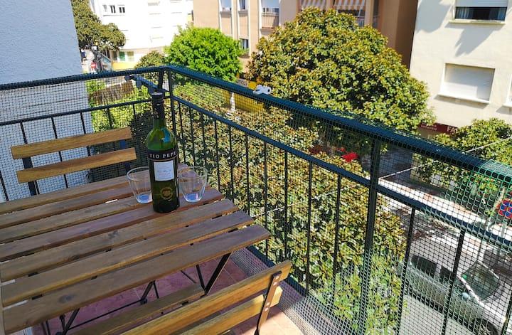 Estudio cerca del Centro con terraza - ValleSol
