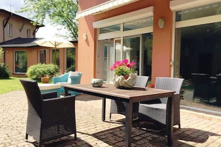 Villa Bird-Peaceful place  25 min to Prague centre