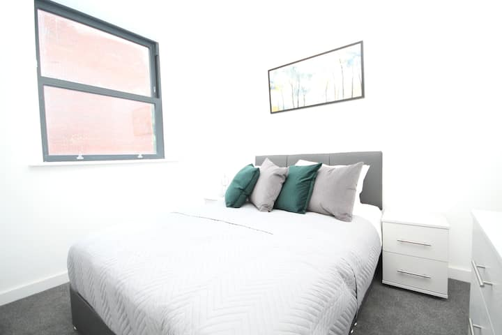 Comfortable One Bedroom City Centre Apartment